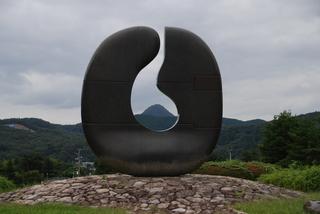 14-1 吉田和子(天へ).JPG